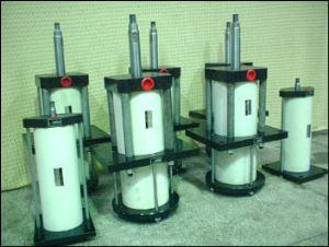 Press Balancing Cylinder