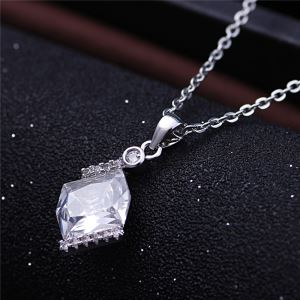 2016 Beautiful Silver Crystal Jewelry Necklaces For Women