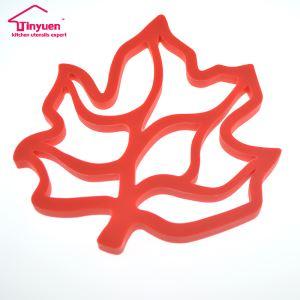 Maple Leaf Shape Silicone Heat Resistant Hot Mat